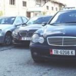 Arrestohen 3 persona per trafik makinash