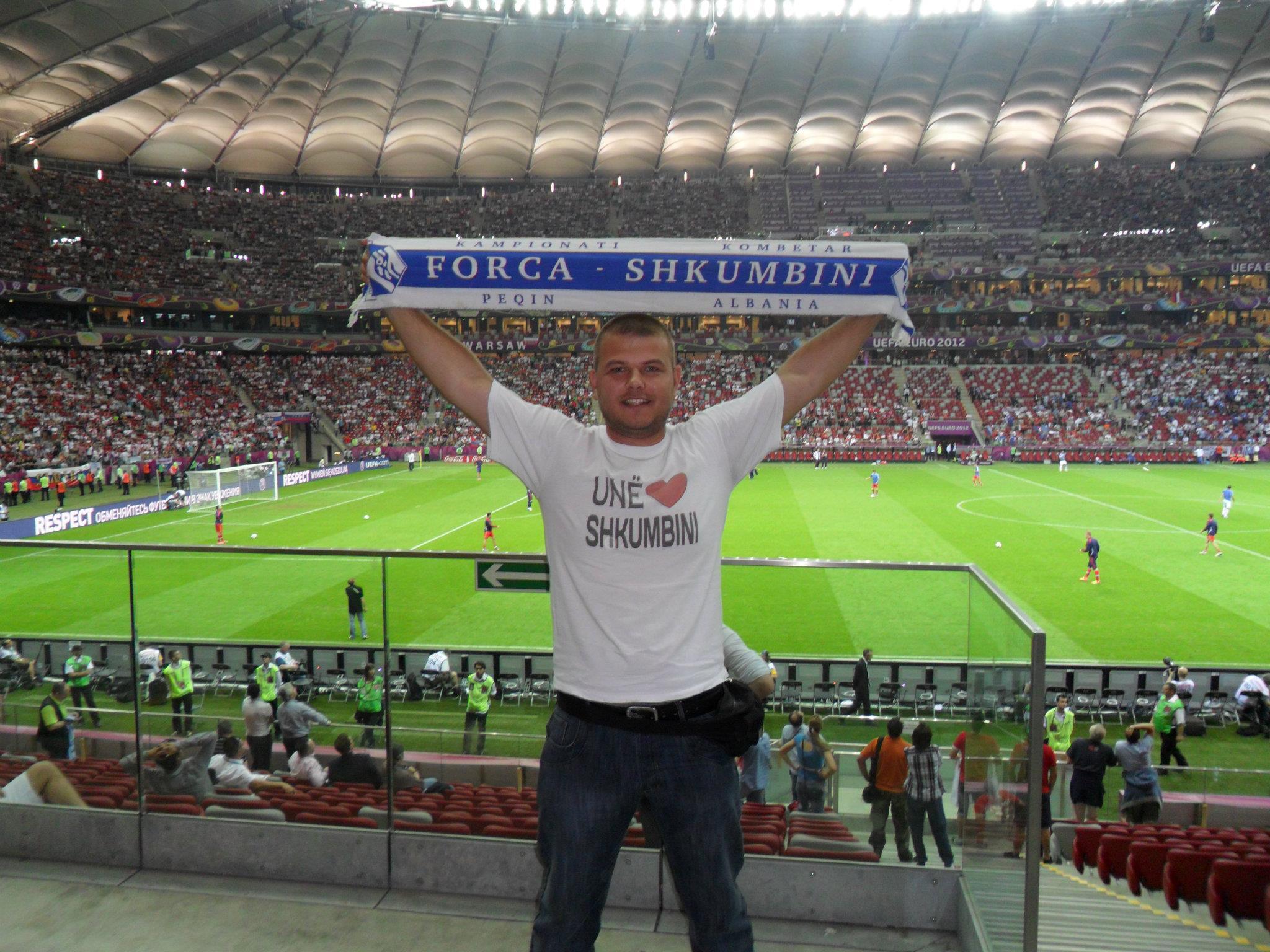 Tifoz i Shkumbinit ne Euro 2012