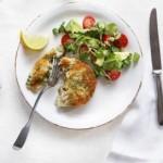 Si të gatuajmë qofte me salmon dhe brokoli
